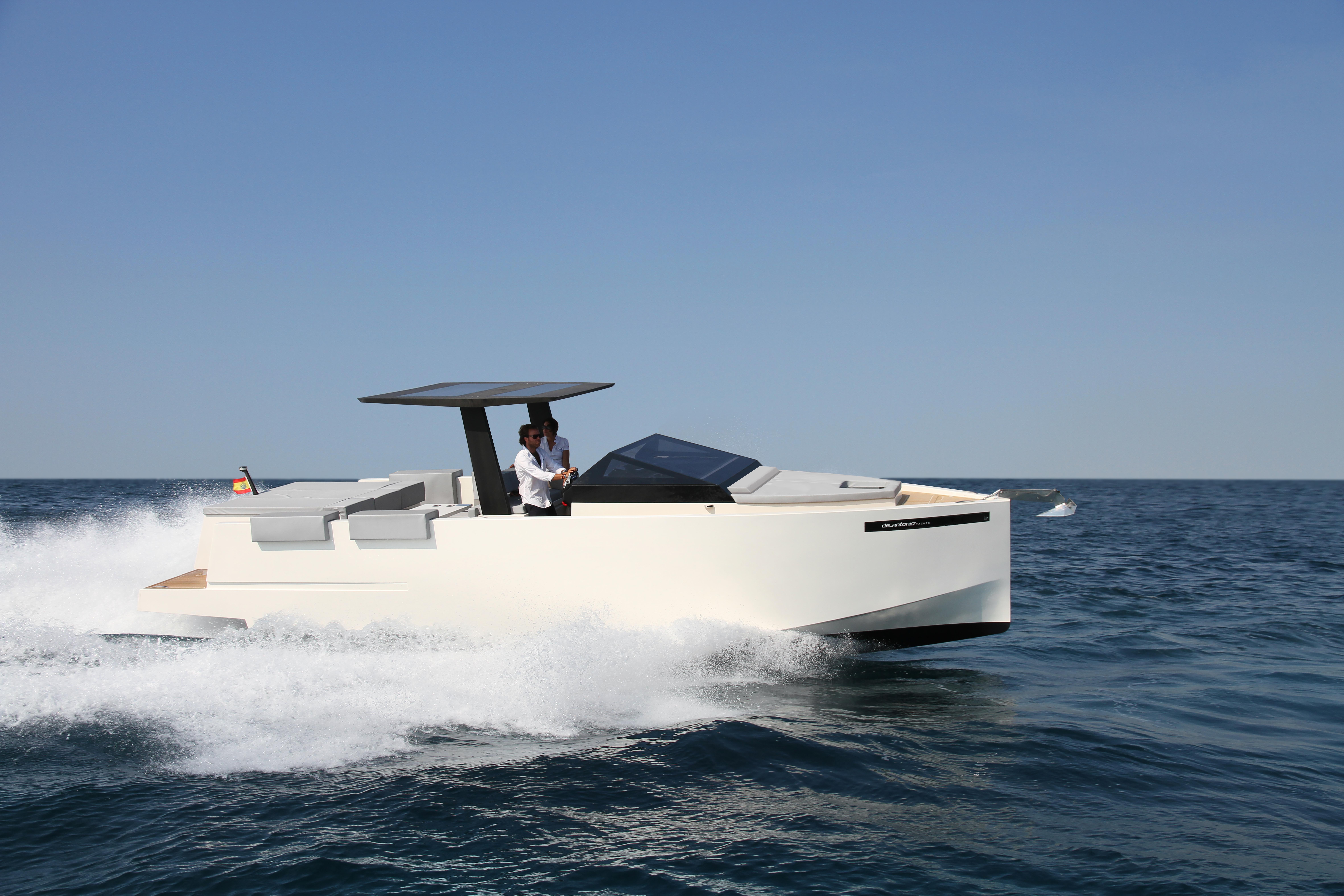 De Antonio Yachts_D33 Cruiser_13