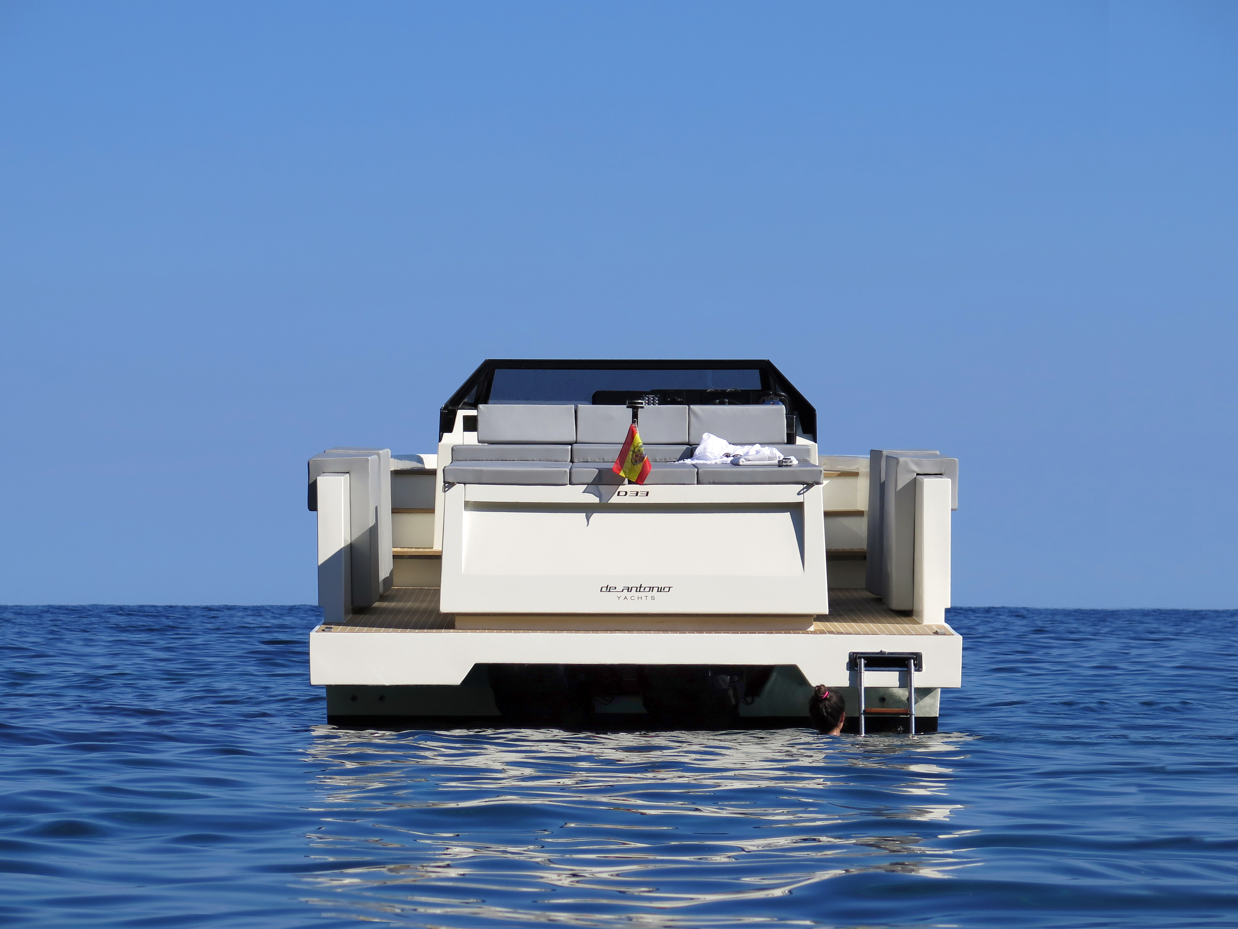 De Antonio Yachts_D33 Cruiser_11