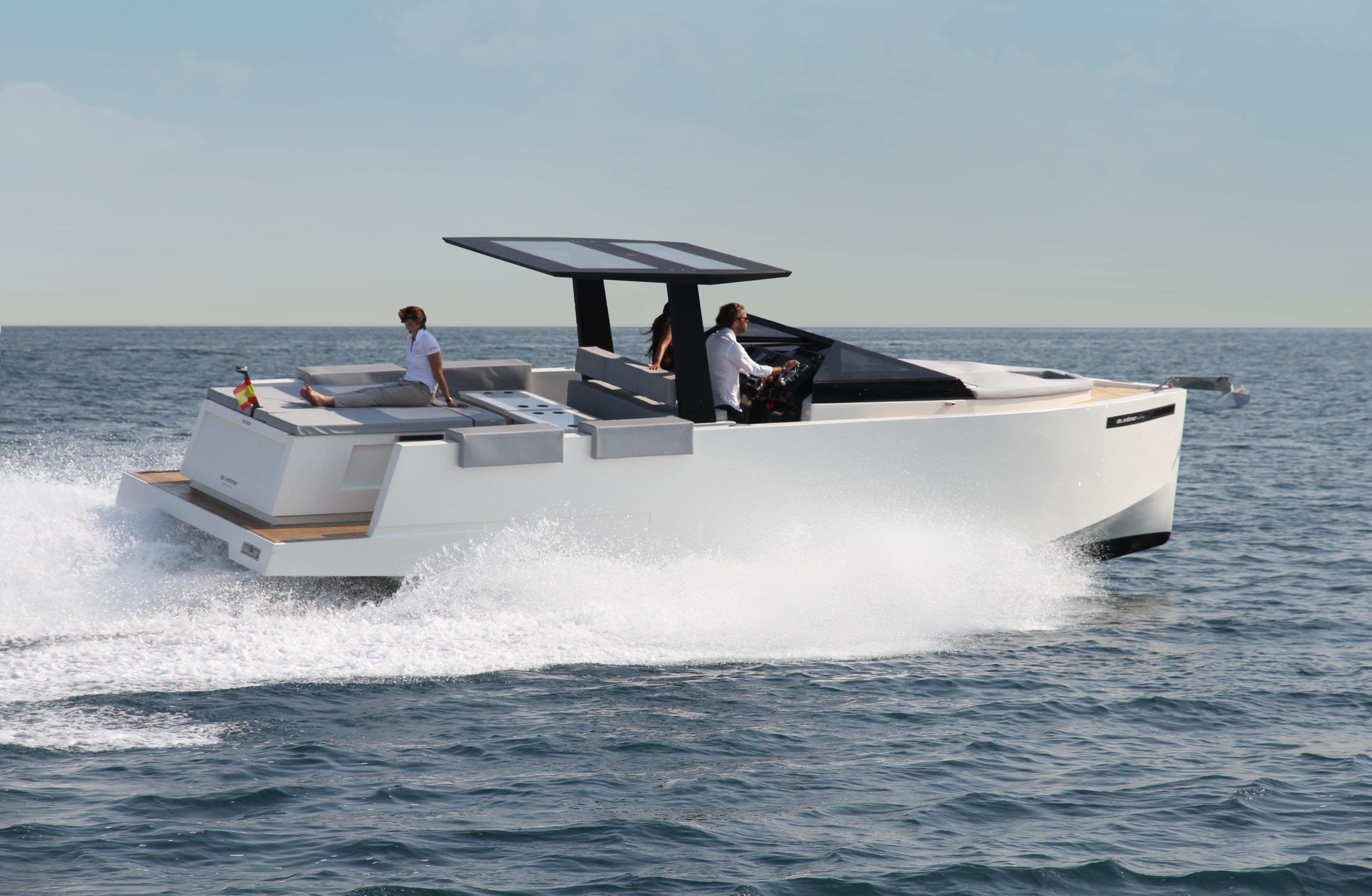 De Antonio Yachts_D33 Cruiser_12