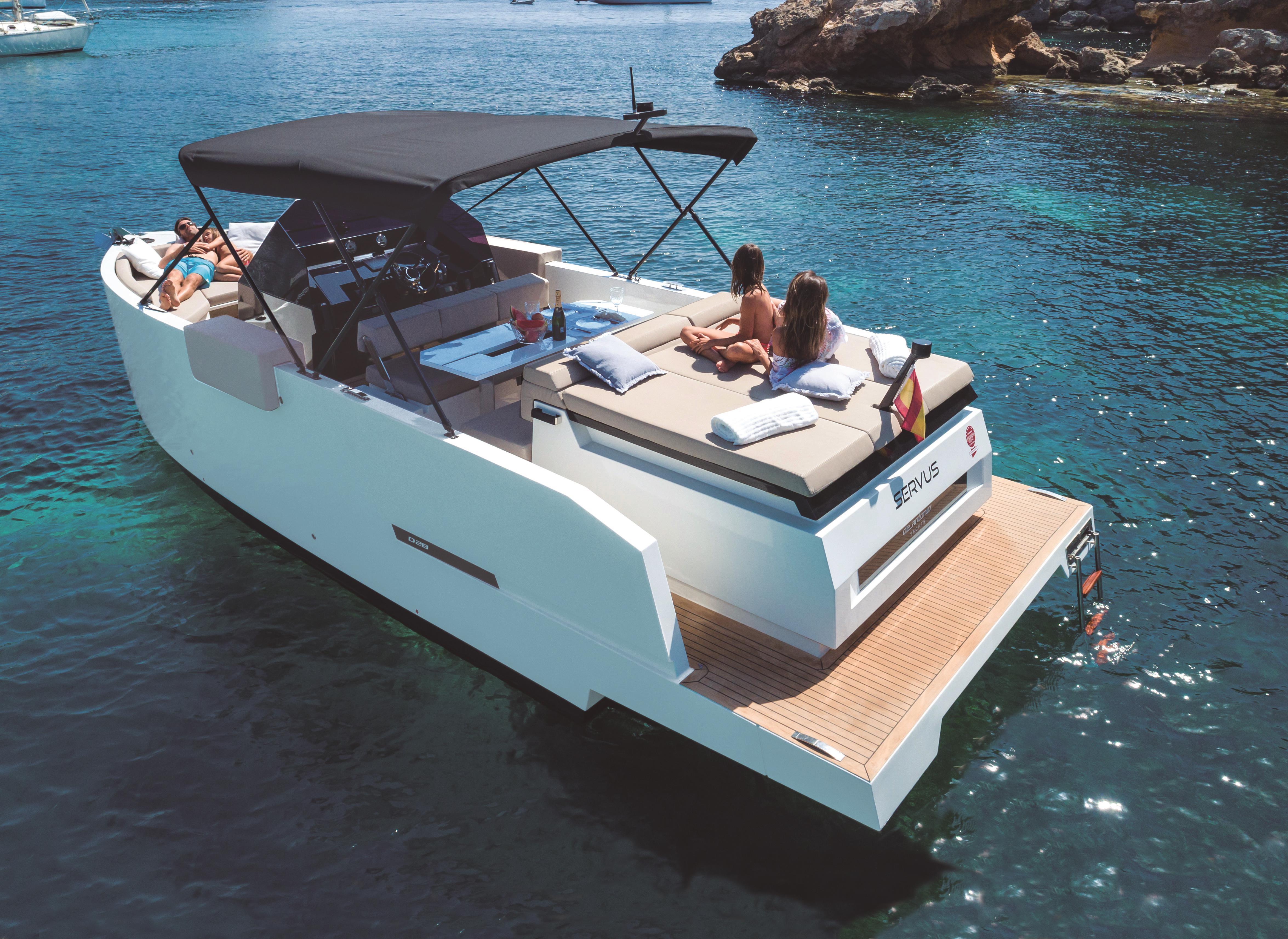 De Antonio Yachts_D28 Open_0472