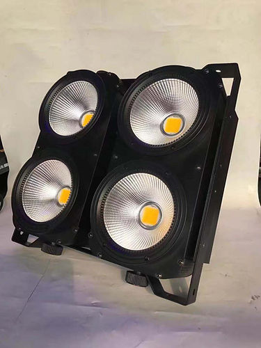 4x100w led audiance blinder.jpg