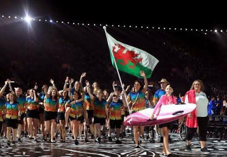 How many medals did the Welsh swimming team win at the Gold Coast 2018 Commonwealth Games?