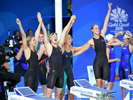 GOLD & NEW WORLD RECORD IN 3.30.05 FOR THE 4x100 AUSTRALIANS WOMEN'S RELAY!