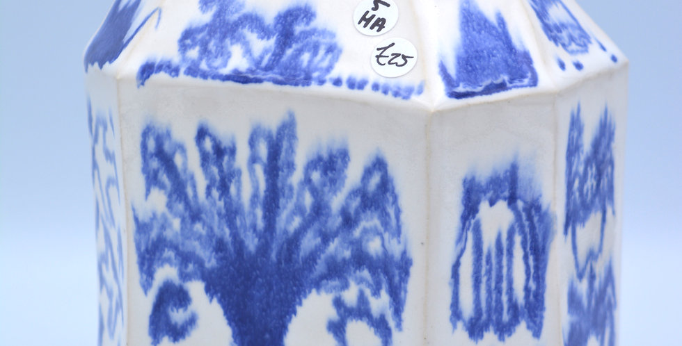 Illustrated vase
