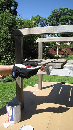 EKJU chair being painted