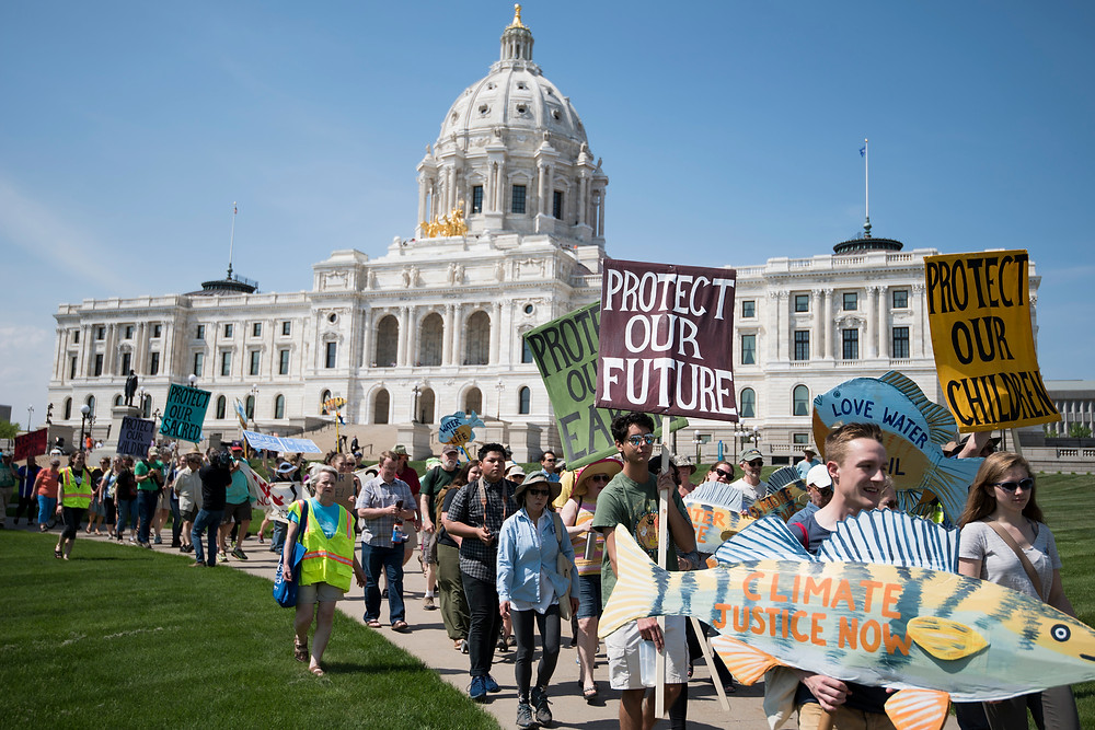 Children matching in protest against climate change policies