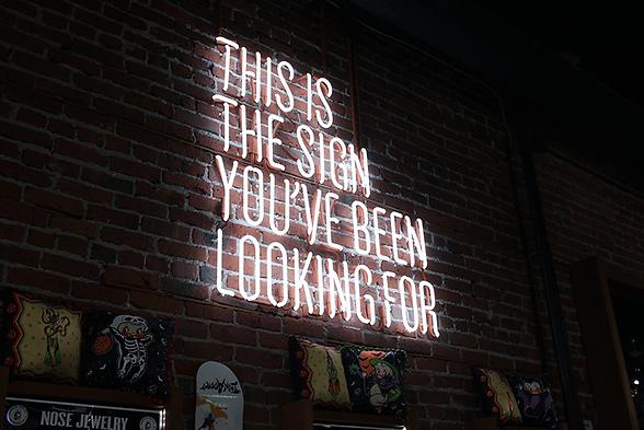 MACHT SINN Marken - ideelen Wert, Emotionen, schaffen Geschichten, Content, Identifikation, gutes Gefühl, sind offen, transparent, begründe Vertrauen, Interagieren Kunden, Mitarbeitern und Partnern, Leben und werden gelebt