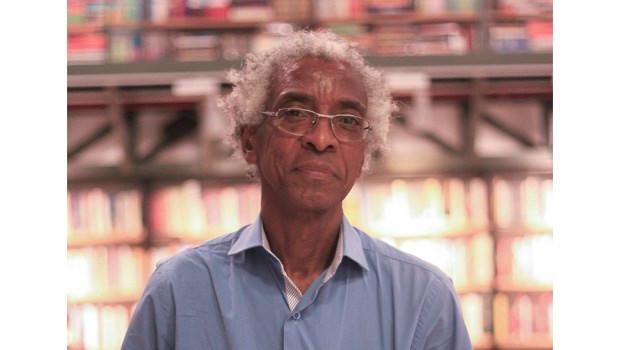 Cuti (1951): um dos expoentes da geração de autores negros; no final dos anos 70, começou a publicar poemas marcados por uma voz descontente com a situação do povo negro no Brasil | Foto: Divulgação