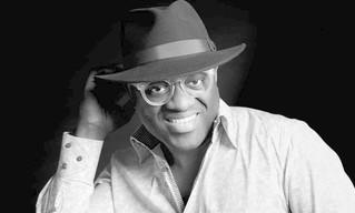 Alain Mabanckou dá voz a um bicho assassino em 'Memórias de porco-espinho'