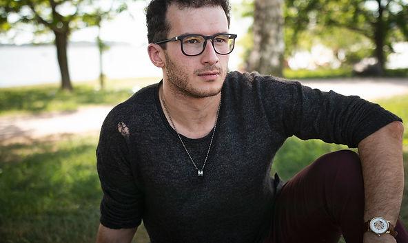 Steven glasögon högupplöst.jpg