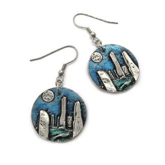 Newly Listed 😍 _Matching Earrings, Brac
