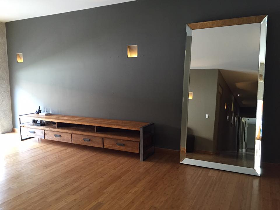 Mueble de T.V /Espejo
