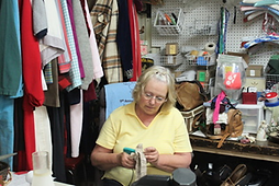 Clothing Cottage-worker.png