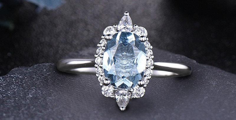 Tiara Aquamarine 14kt White Gold Engagement Ring