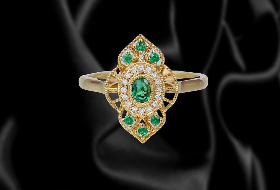 Brilliant Cut Emerald 18kt Yellow Gold Ring