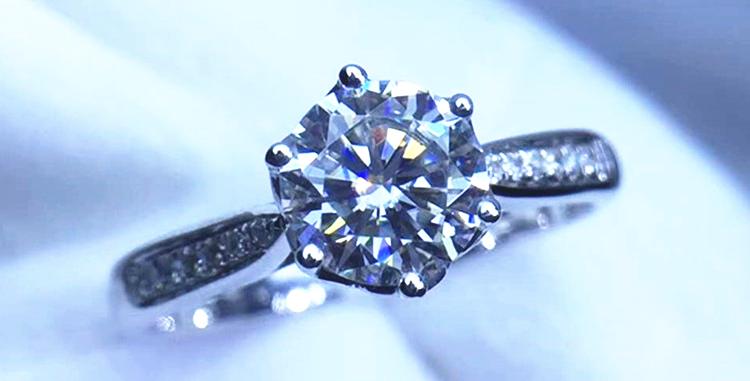 Timeless 14Kt White Gold Engagement Ring