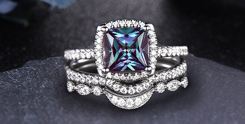 Stackable Alexandrite Engagement Set in 14kt White Gold