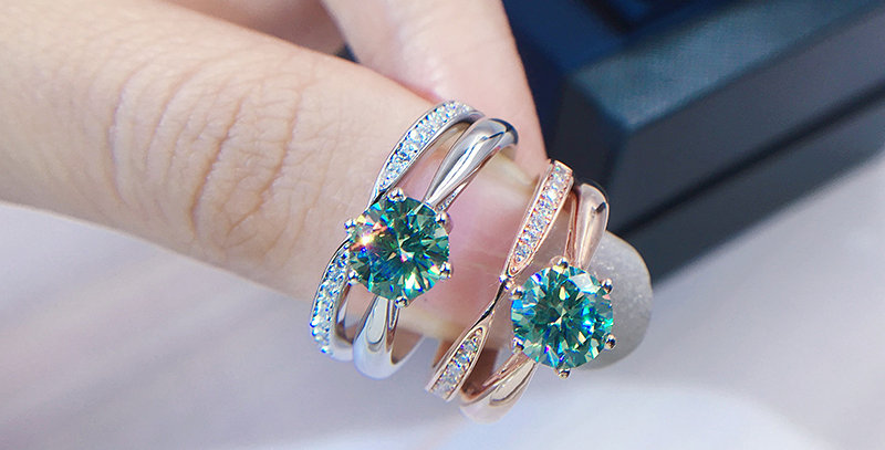 Enchanted Green Stacked Engagement Set