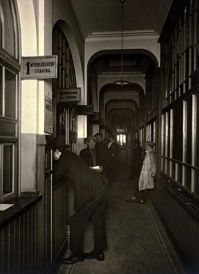 FO_Caisse_syndicale_de_chômage_en_1930.j