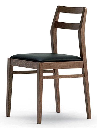 Naomi S Chair