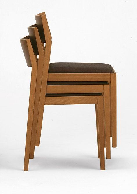Eiko S Imp stacking chair