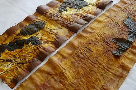 Mangue - Obra de arte têxtil de Fernanda Mascarenhas feita com tingimento natural - Acervo Dorothy Lenner