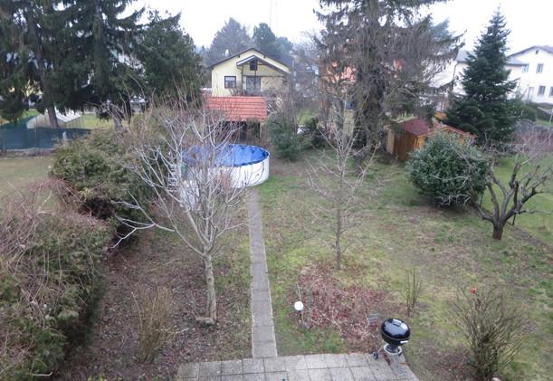 Schwarzlackenau Gartenblick