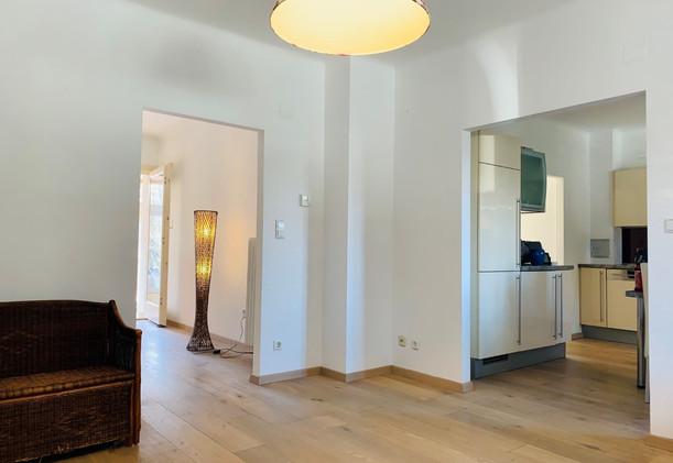 Schwarzlackenau Wohnzimmer und Nebenräum