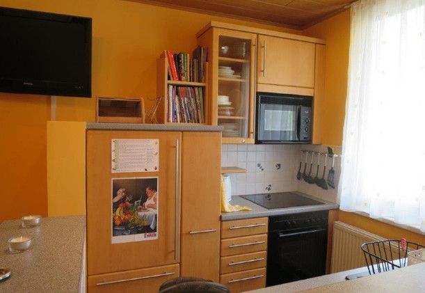 Lorystrasse-Küche (2) (WEB).jpg