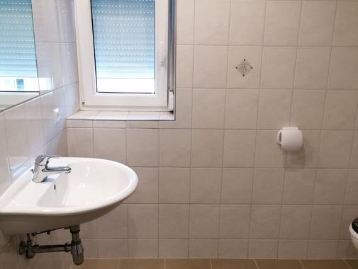 Gerasdorf - klimatisierte 2-Zimmer Dachg