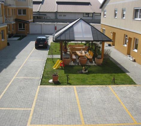HOC Gerasdorf - Büros mit Innenhof