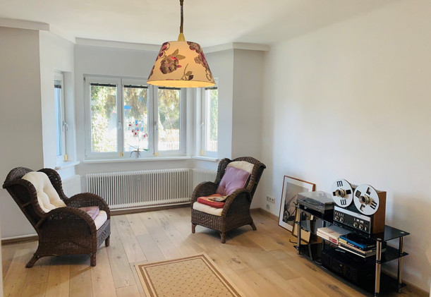 Schwarzlackenau Wohnzimmer