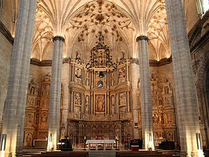 catedral%20barbastro%20por%20dentro_edit