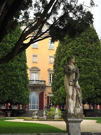 Castello-di-Urio.jpg