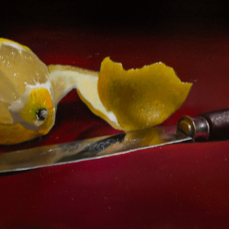 lemon and knife