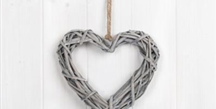 Whitewashed Willow Heart