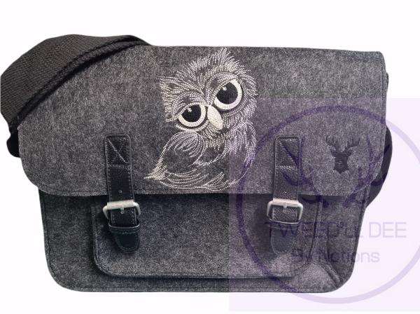 Felted satchel..Owl