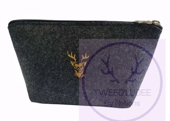 Sm make up/accessories pouch..stag