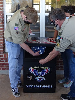 BSA Zack - Flag Dispoal Box (16)a.jpg