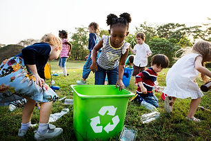 responsible-group-kids-cleaning-park_538