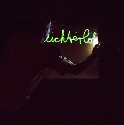 20_20 Leuchttafel 1_adamnaparty.jpg