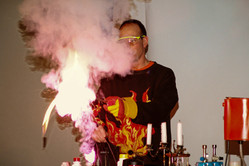 05_6 fire show burning sugar_adamnaparty