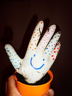 03_4 Handschuhblume bemalt_adamnaparty.j