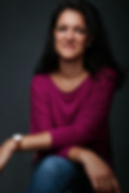 fotoshooting-wien-sitzen-stuhl.jpg