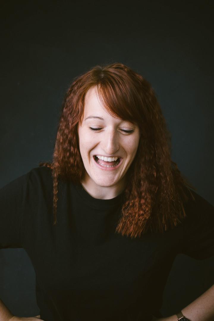 lachen-portrait-fotograf-studio-wien.jpg