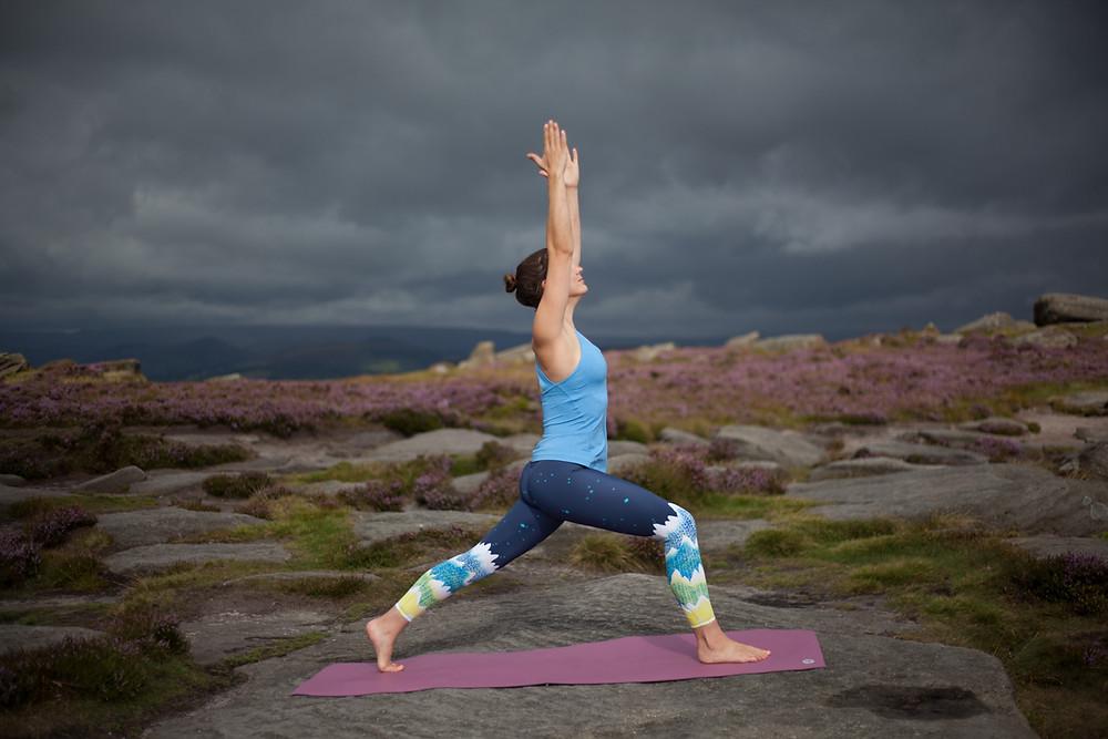 High lunge / crescent variation pose