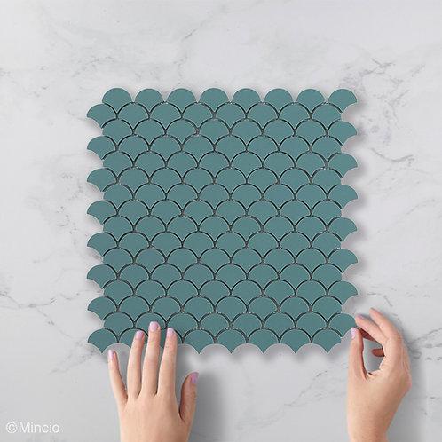 Mat groene visschub glasmozaïek 36 x 29 mm tegels