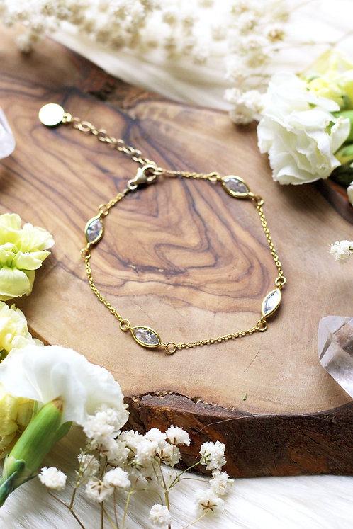 Very Dainty Satellite Gold Bracelet