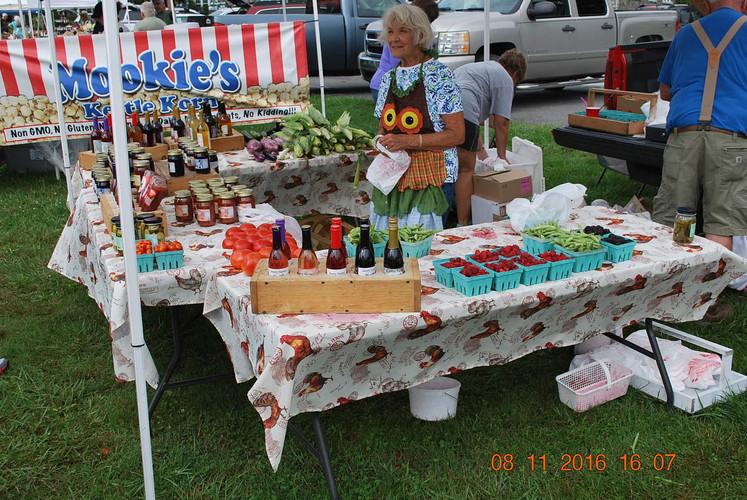 Linda Avery working the market