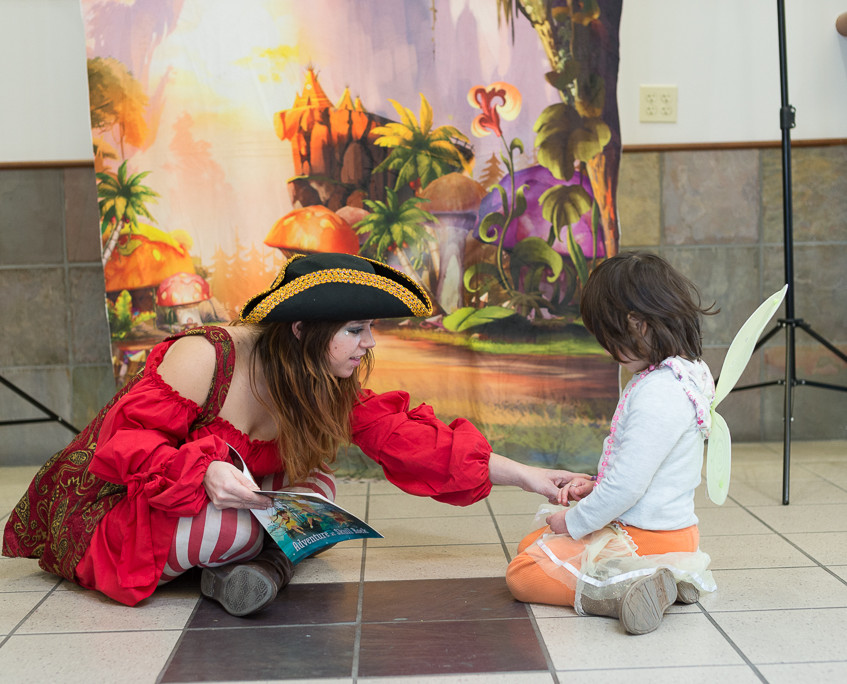 Pirate character appearance from Earth Fairy Entertainment, adventure club, childrens activities, party birthday, kids fun Portland Hillsboro Beaverton
